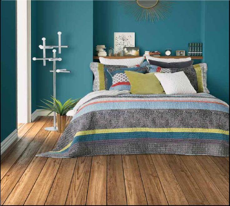 on adore la nouvelle courtepointe philosophy courtepointe pinterest housses housses de. Black Bedroom Furniture Sets. Home Design Ideas