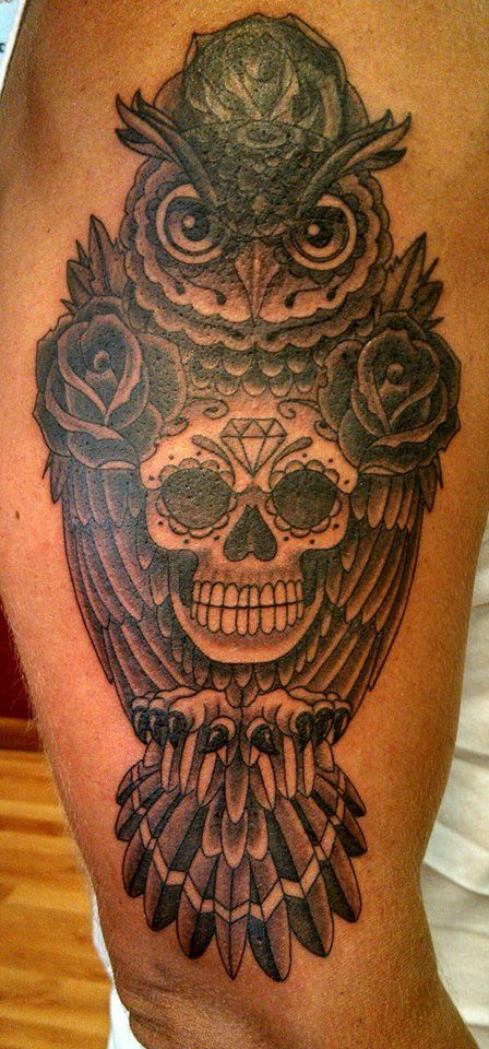 Owl sugar skull by chris phelps d a de los muertos for Owl and sugar skull tattoo
