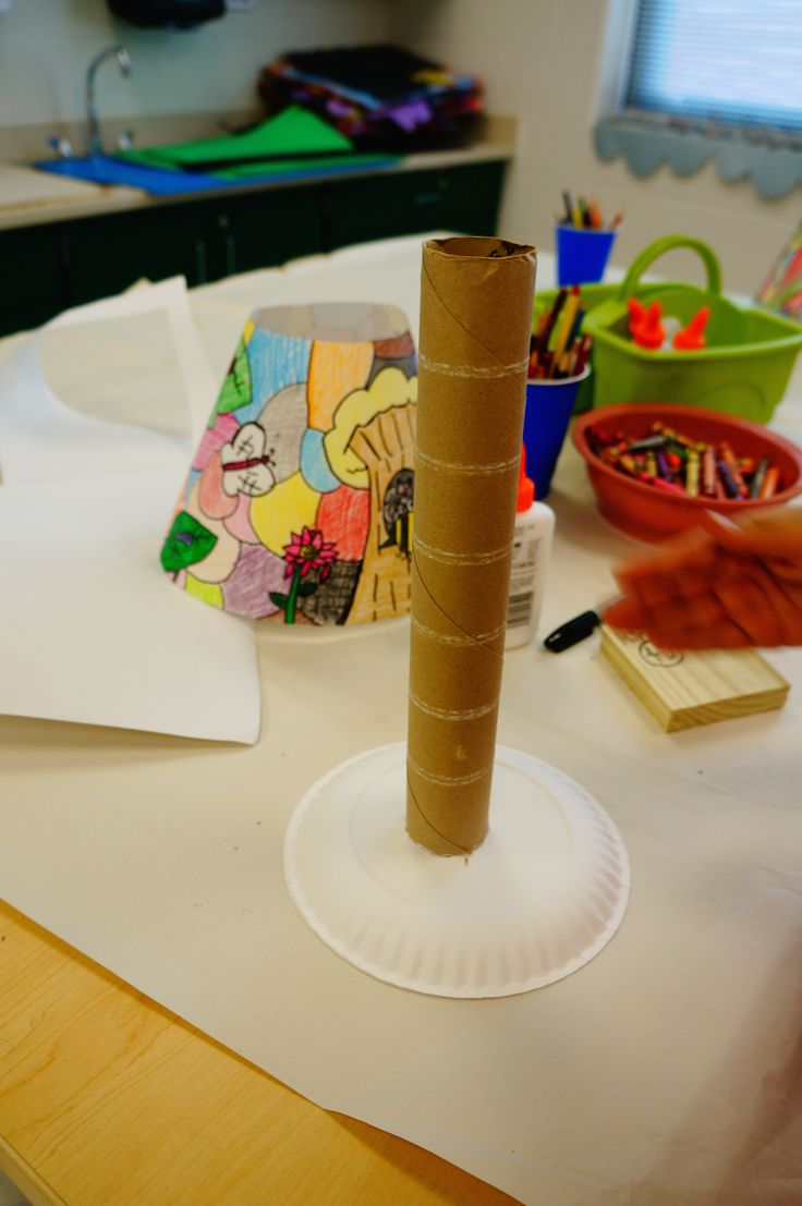 Tiffany Lamps - lamp shade rests on paper plate. May cut 3 shapes out of paper plate to look like top of real lamp shade.
