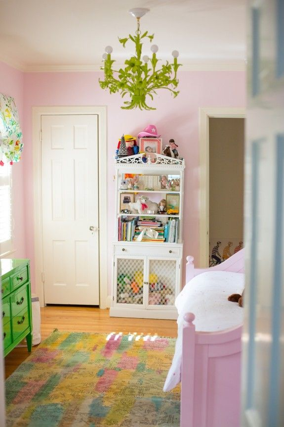 Before & After: Grace's Big Girl Room design by Bailey McCarthy www.peppermintbliss.com