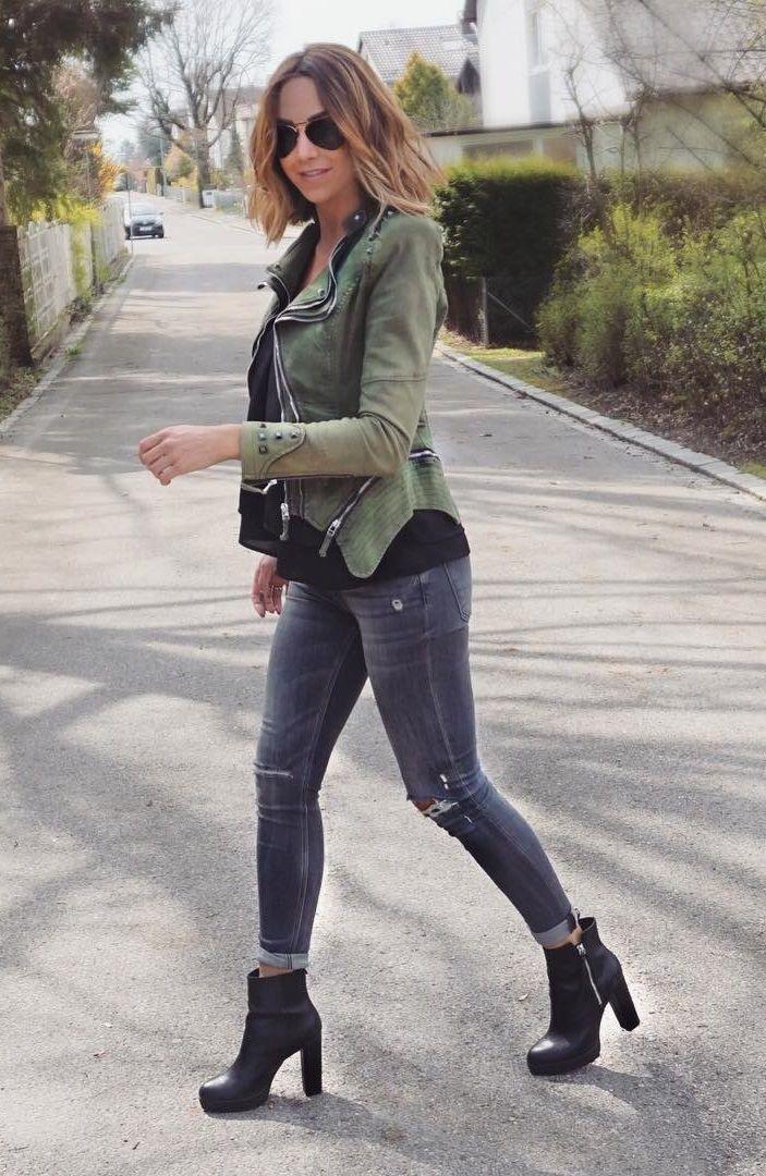 Super cool street style by Tanja Cruz in her green studded denim blazer. #LBSDaily