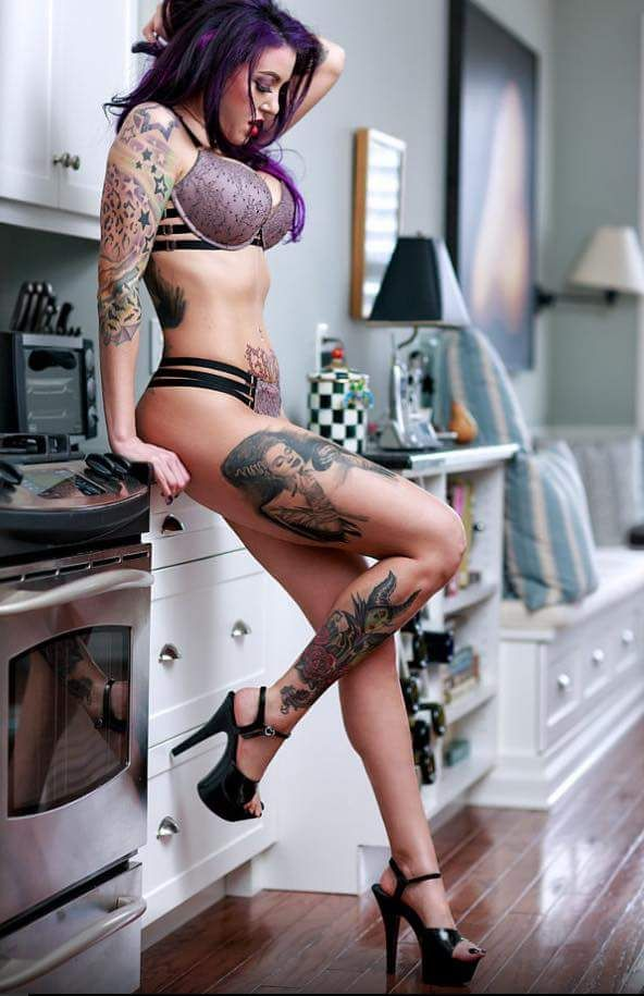 Lovely Farrah By Dragon_Ink_Photography People Photography