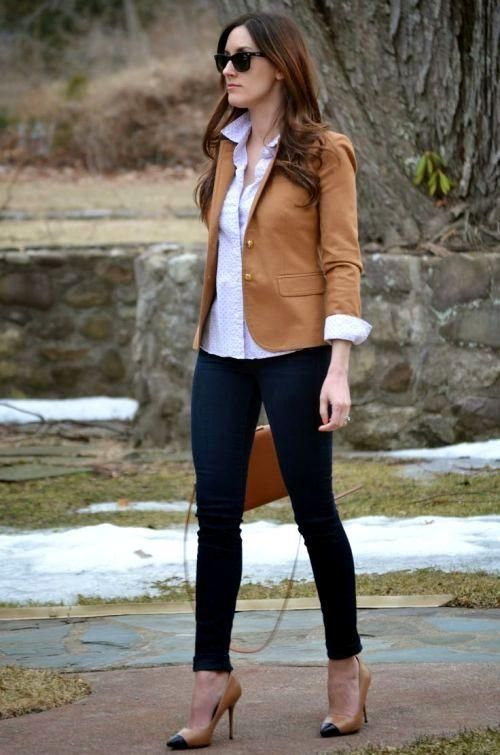 tan cropped blazer outfit, Chic work styling ideas to wear http://www.justtrendygirls.com/chic-work-styling-ideas-to-wear/