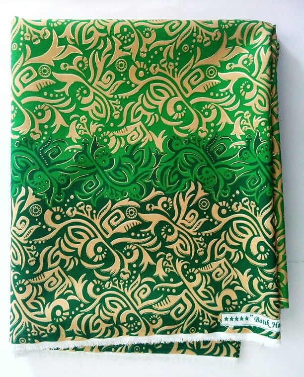 FOR SALE°°°Batik solo, Indonesia original. Batik shocking. Material: soft batik fabric. Size: 2 meters. Price: IDR 120.000