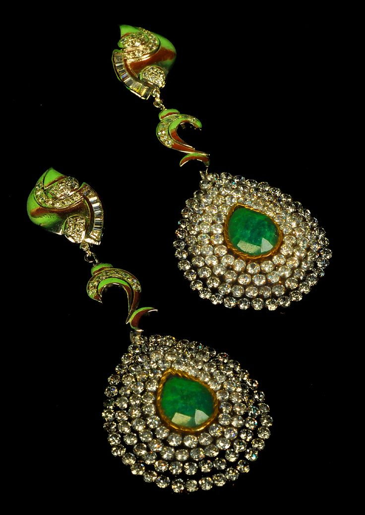 Discover the beautiful you with this beautiful stone earring by Amalaan Jewels. Shop it from TheAmalaanStore.com