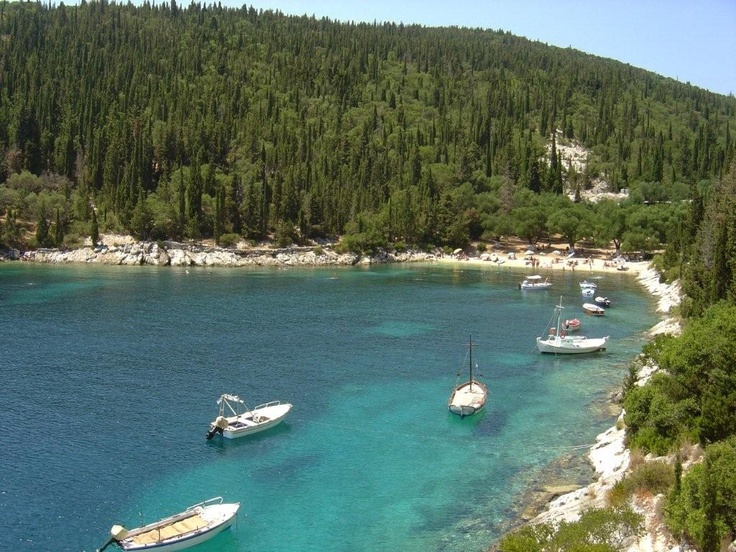 Foki Beach, Kefalonia A very pretty, deep inlet about 20 minutes level stroll from Fiscardo.