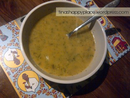This is the yummy celery soup I made the other night!  Here's my recipe - http://tinashappyplace.wordpress.com/2014/04/11/yummy-low-calorie-celery-carrot-soup/