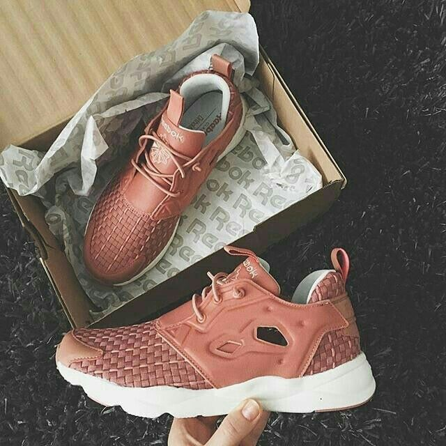 062a3503bbf Sneakers Reebok Furylite New Woven - Rustic Clay  Desert Stone Chalk