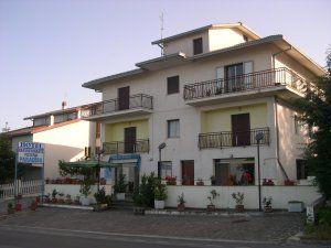 Hotel Torricella Peligna ( CH ) Info : http://bit.ly/2pK5wZy