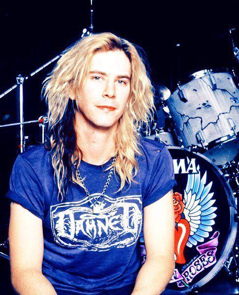 17 Best images about Guns N' Roses on Pinterest | Walking ... Duff Mckagan 80s