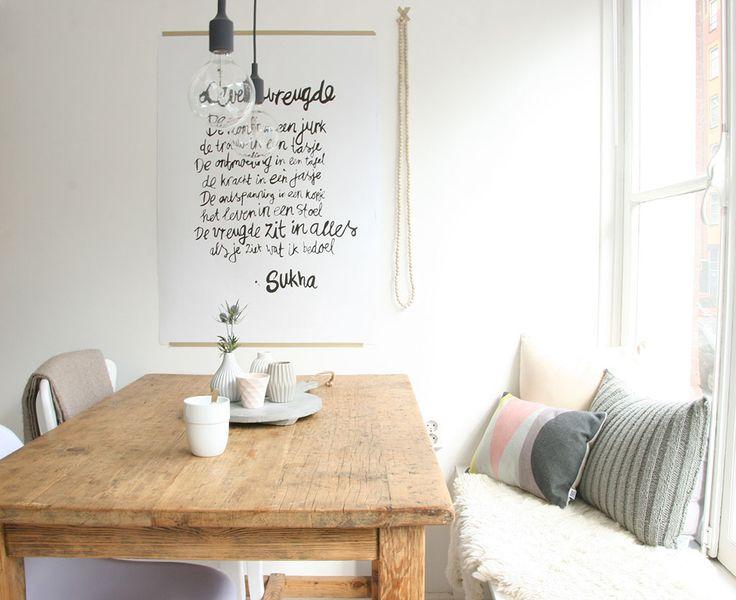 Binnengluren in het prachtige huis van Demelza - Foto door woonblogger Angelina van Peek Inside #interior #diningroom