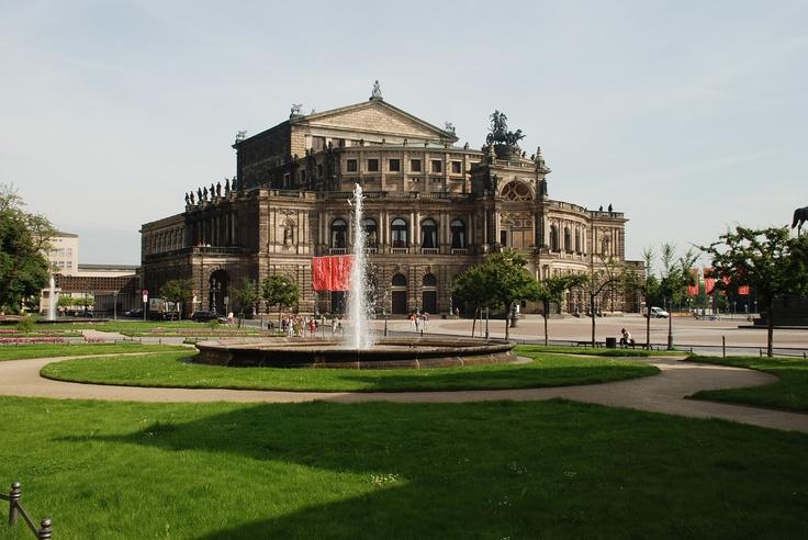 Das Opernhaus