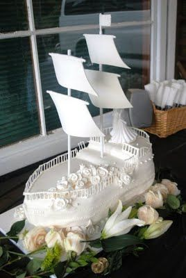 How's THAT for a cake? Peter Pan wedding cake :D