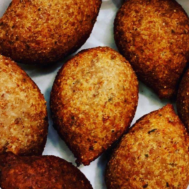 كبة لحم بالبرغل Food Breakfast Muffin