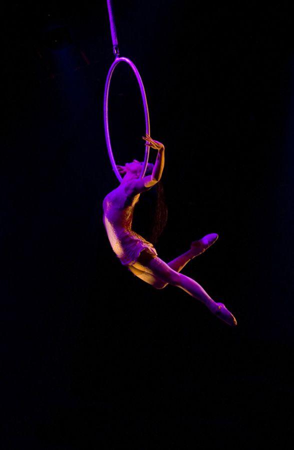 Cirque Plus :: Cerceau Aérien