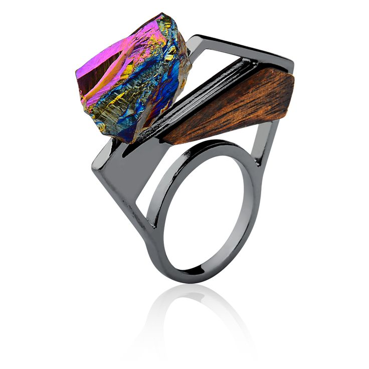 #mariadolores #urockcollection #raw #stones #crystal #wood # woodjewelry #jewelry # statementjewelry #accessories # style #fashion # unique #uniquejewelry #customjewelry  #gioiello # wearableart #rings #ionized #geometric