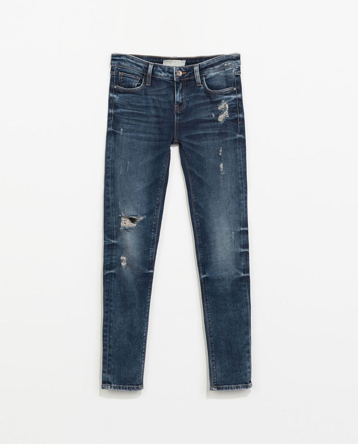 Claire Marshall | RIPPED JEANS by ZARA on Luvocracy