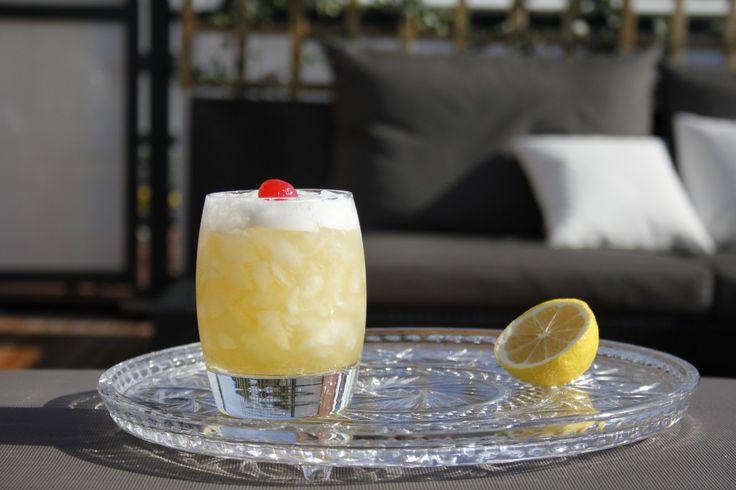 Amaretto Sour cocktail on Cocktailicious.nl
