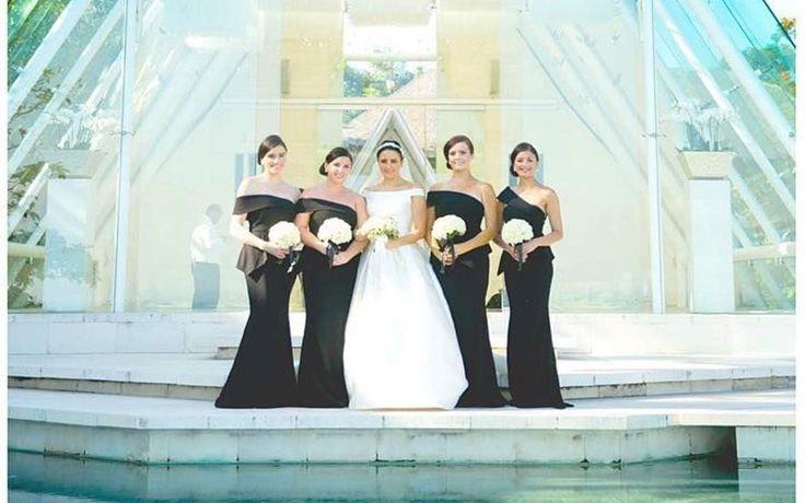 WOW! 20 Gaun Cantik Marsala yang Bikin Pengiring Pengantin Melayang