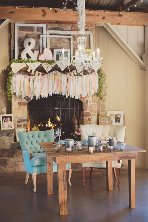 vintage country wedding decor ideas via Maria Mack Photography - Deer Pearl Flowers / http://www.deerpearlflowers.com/reception-decor/vintage-country-wedding-decor-ideas-via-maria-mack-photography/