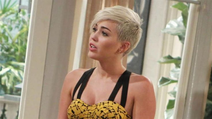 Before I die I want to see Miley Cyrus in concert.