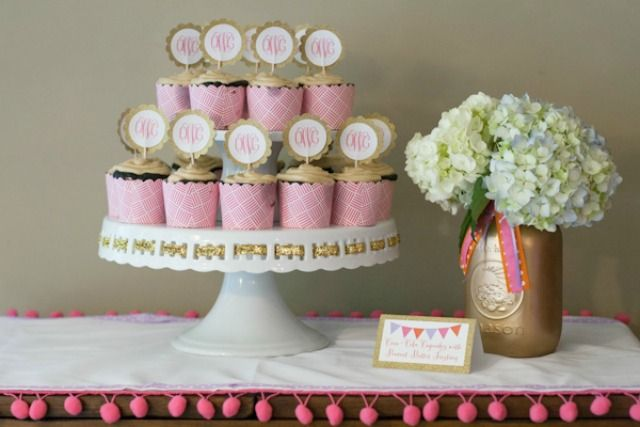 This glam baby shower features so many sweet, feminine details, including a headband-making party! #babyshowerShower Ideas, Baby Shower Cupcakes, Cupcakes Toppers, Projects Nurseries, Cupcakes Display, Mason Jars, Pom Pom, Glam Baby, Baby Shower