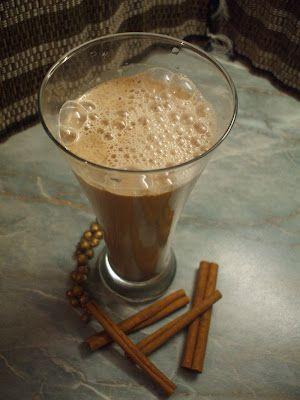 Fahéjas tej Gabonatej össze turmixolva őrölt fahéjjal, és kevés mézzel.