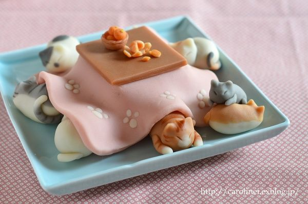 cat-candy-sweets-japanese-kotatsu-laura-caroline-1. [downloaded with 1stBrowser]