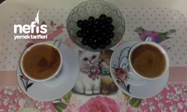 Sütlü Çikolatalı Türk Kahvesi