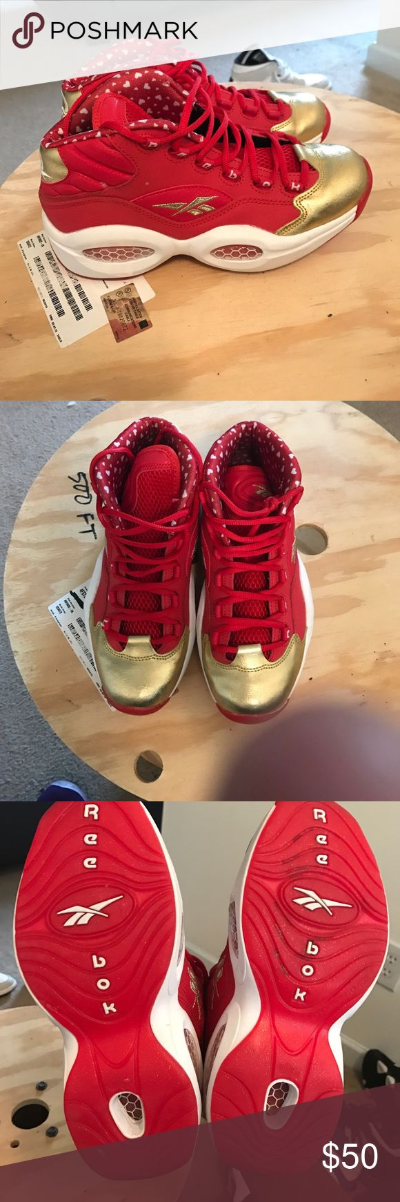 Allen iverson reebok questions valentinesAddition Very clean shoe no flaws look fairly new great price Reebok Shoes Sneakers