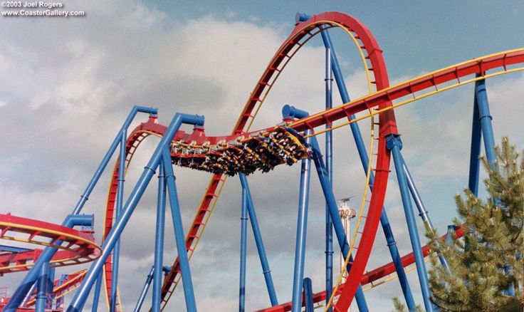 Superman at Six Flags over Georgia | Single Rider Line ...