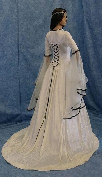 13 besten Wedding Bilder auf Pinterest   Hochzeitskleider ...