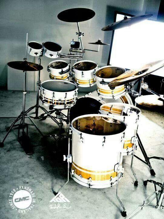 Unique look for a drum kit. Love it!