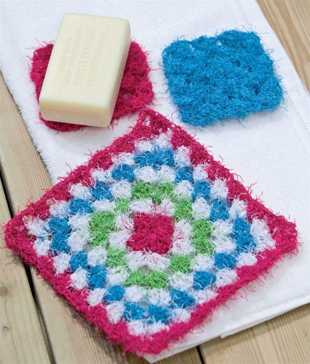 Hækl dit eget lille hjemmespa - fin peeling vaskeklud, sæbemåtte og puff.