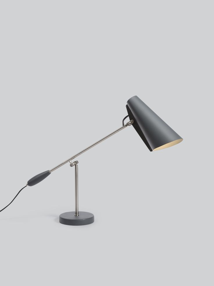 Elegant Lampe de bureau birdy par Northern Lighting Design pur et lisse