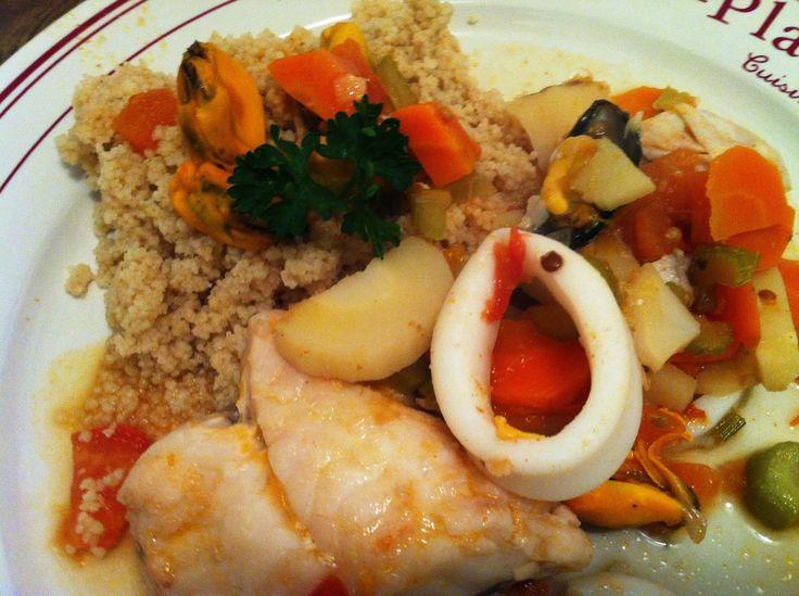 couscous marocain au poisson  Le couscous marocain de poisson est une spécialité de la ville de Trapani en Sicile, héritage de la présence Arabe dans l'île entre le 9ème et 11ème siècle après J.C. Un couscous marocain de poisson traditionnel à l'accent méditerranéen et aux mille senteurs d'ailleurs. Le... LIRE LA SUIVRE  http://www.le-couscous-marocain.com/2014/08/couscous-marocain-au-poisson.html