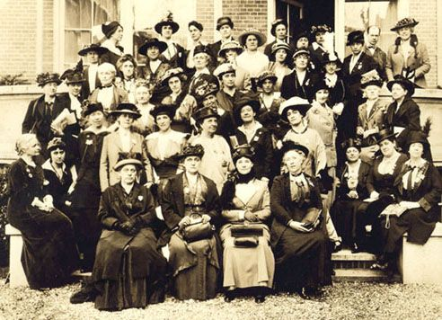 Jane Addams with American Delegation to International Conference of Women, The Hague, 1915. Swarthmore College Peace Collection  swarthmore.edu