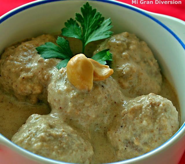 Alb ndigas con salsa de almendras buscando alternativas para hacer una salsa para las - Alternativas thermomix ...