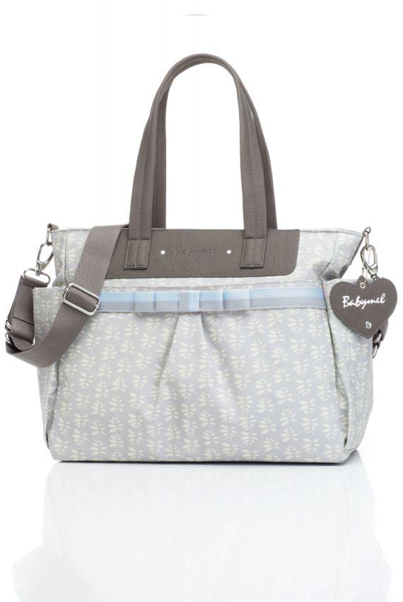 Un joli sac à langer ultra classe et fonctionnel : Cara Petals.  Très tendance, il ultra-pratique : style sobre, couleur grise, ce sac à langer tendance ira parfaitement avec toutes vos tenues.  Mamma Fashion http://www.mammafashion.com/