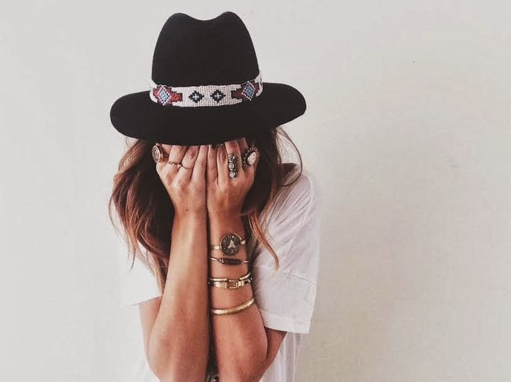 {It's All In The Details && Rings and Bangles and Hat oh my!}