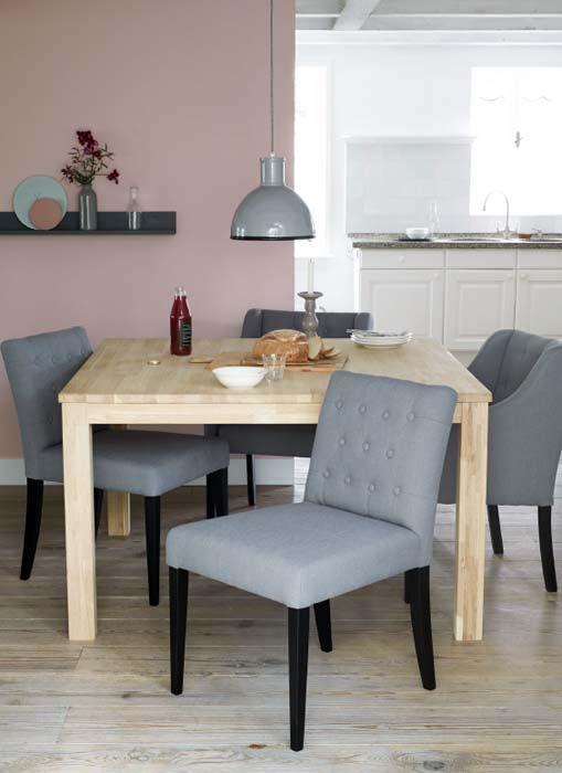 KARWEI | Comfortabele eetkamerstoelen zijn de ideale basis voor een etentje #wooninspiratie #woonkamer #karwei