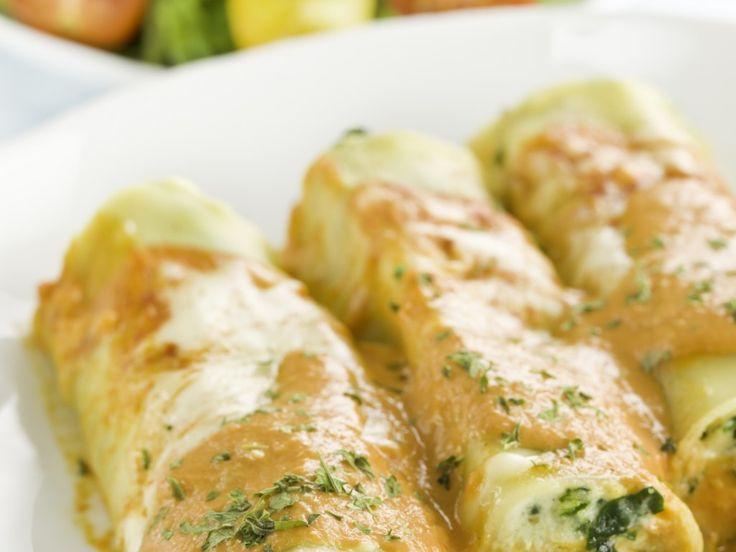 courgette, bûche de chèvre, lasagnes, beurre, farine, lait, pesto, fromage râpé, sel, poivre