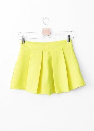 Kup mój przedmiot na #vintedpl http://www.vinted.pl/damska-odziez/szorty-rybaczki/18796956-3-za-2-neonowe-spodenki-ala-spodniczka