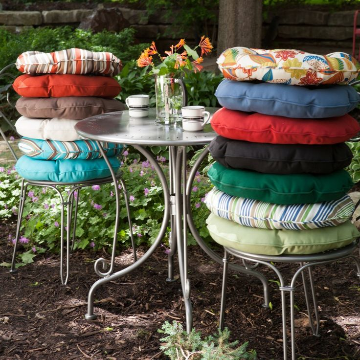 Coral Coast Bistro Outdoor Round Seat Cushion   18 Diameter In.   Set Of 2    Bistro Chair Cushions At Hayneedle