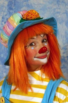 25 best ideas about clown faces on pinterest circus photo booths carnival photo booths and. Black Bedroom Furniture Sets. Home Design Ideas