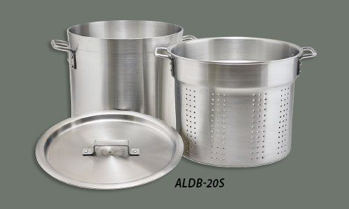 Winco ALDB-16S, 16-Quart 3-Piece Handled Perforated Aluminum Steamer Set with Cover