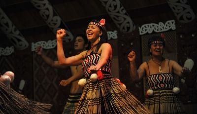 Experience the Maori culture at Te Puia