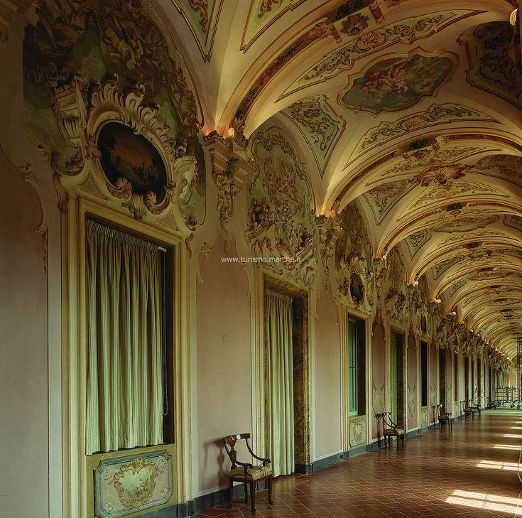 Pianetti Gallery, Marche (30 min)