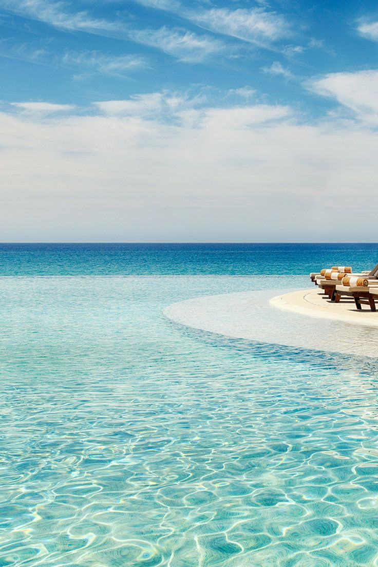 """7 Best All-Inclusive Resorts in Los Cabos - The term """"all-inclusive"""" is used pretty liberally these days—something all too many travelers realize once they've shown up for their vacay only to find out the resort actually charges extra for amenities like top-shelf liquor, all-day dining, and 24-hour room service. Rather than leave things up to fate, we've read the fine print for you and found 7 Los Cabos all-inclusives that actually check out."""