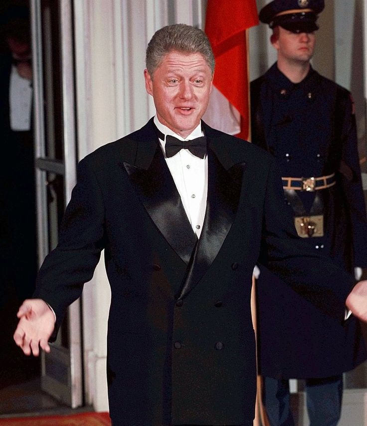 Did you know that Bill Clinton has two Grammy awards? Here are some interesting facts about our presidents, from George Washington to Donald Trump.